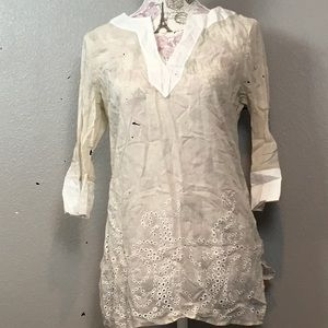 Cotton cream and white eyelet top